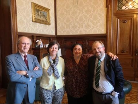 Consegna dell'Appello Musica Scuola Curricolo Territorio al Ministro On. Maria Chiara Carrozza